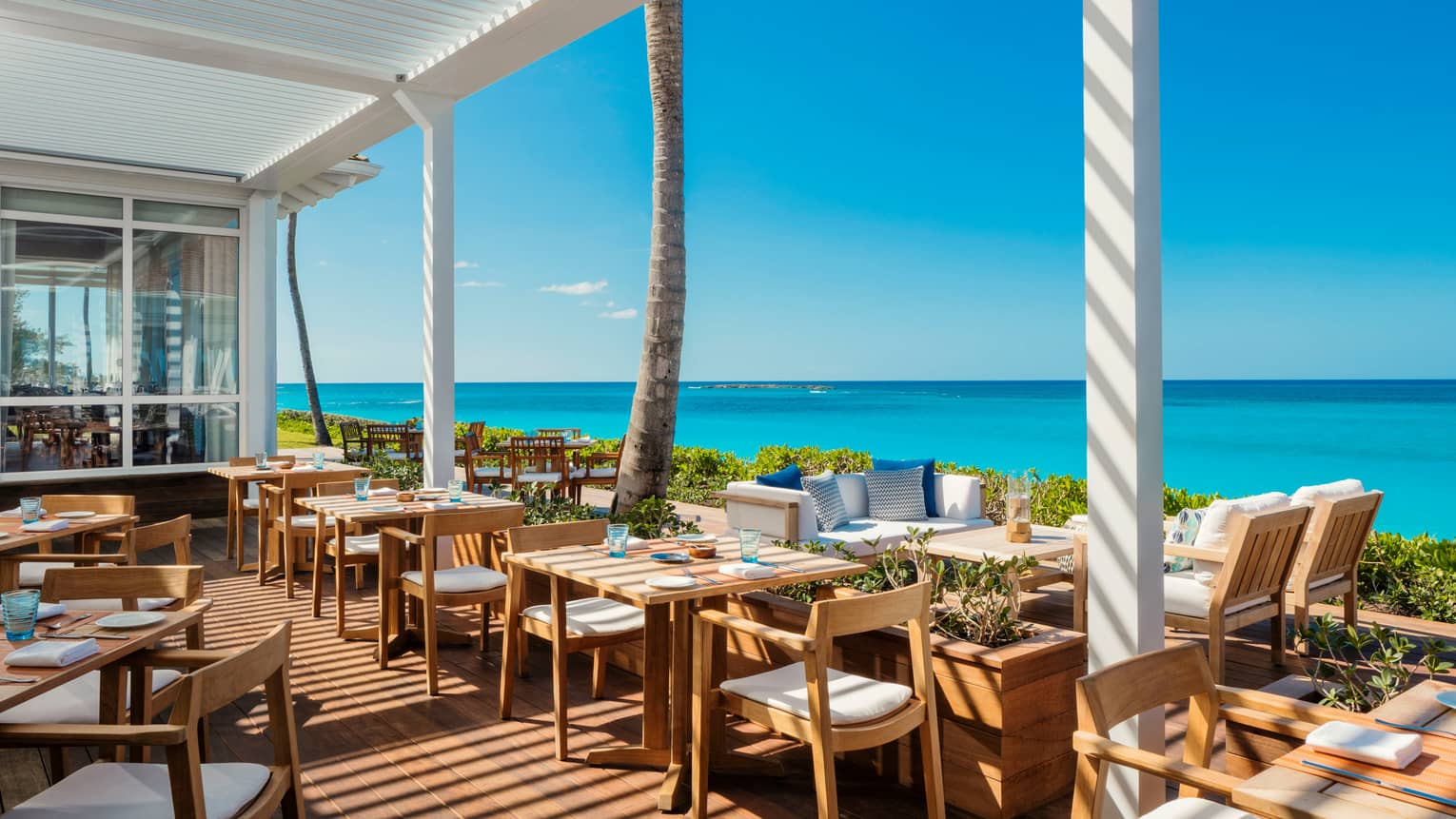 Bahamas Fine Dining Bars Paradise Island The Ocean Club